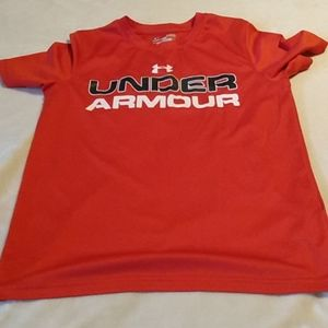 Boys Under Armour red t-shirt